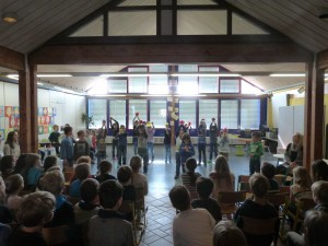 2015.03.25. Schulversammlung Ostern Bild 1