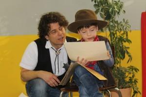 2016.01.29. LeseTheater Michael Hain - Cowboy Klaus Klasse 1b 05