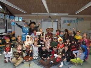2016.02.05. Fastnacht 2. Klassen Gruppenfoto