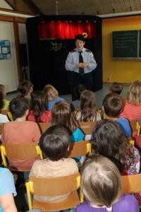 2016.05.25. Polizeipuppenbühne Klasse 1b 05