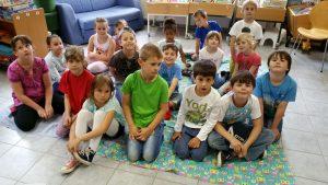 2016.07.05. Besuch der Gemeindebücherei Klasse 1a 01