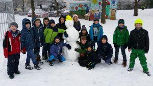 2017.01.10. Im Schnee 3. Klassen Bild 9