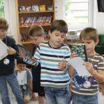 2016.06,25 Büchereibesuch Klasse 1b 02